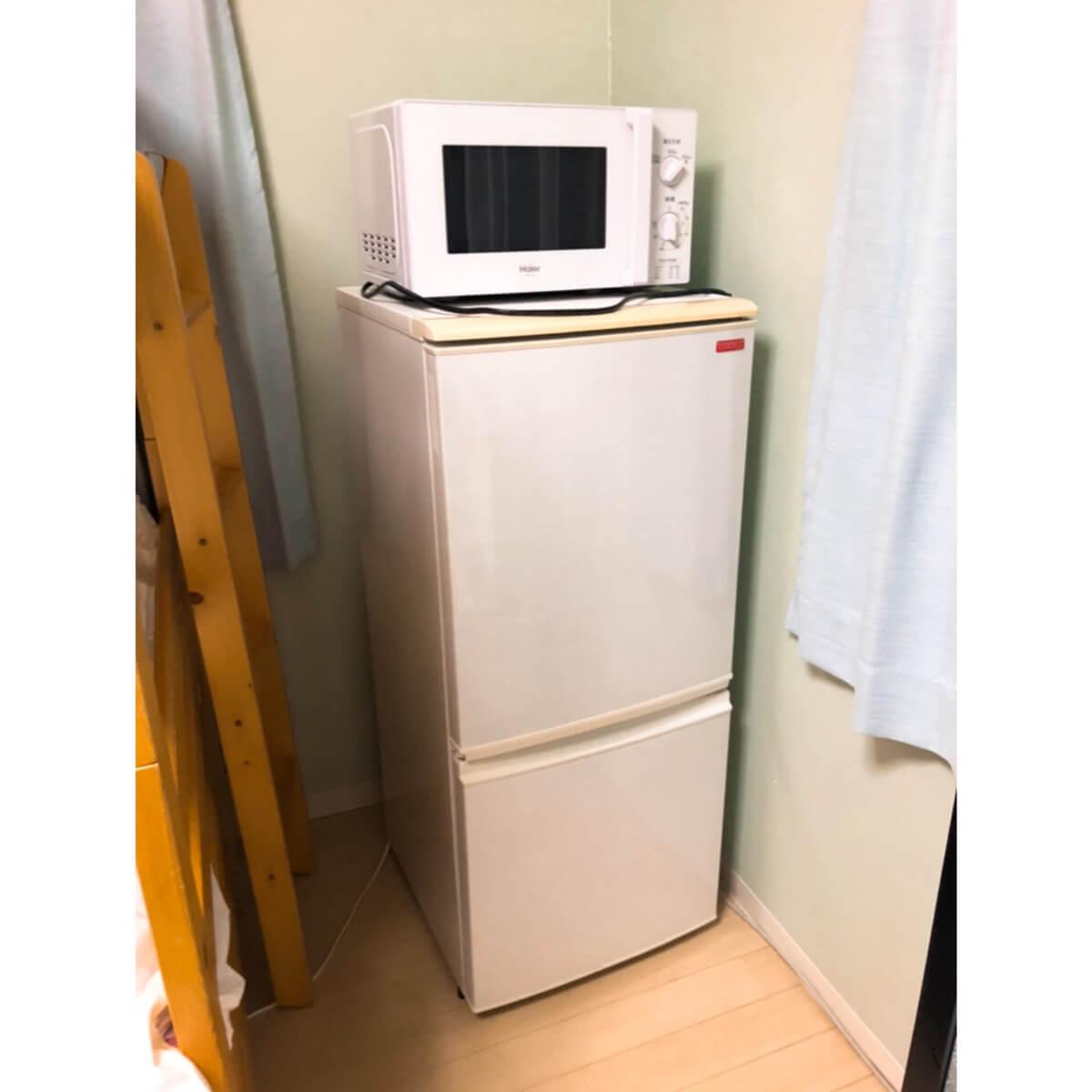 電子レンジ&冷蔵庫の写真